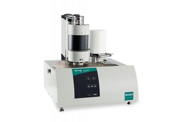 Analisador Térmico Simultâneo Netzsch STA 449 F5 Jupiter